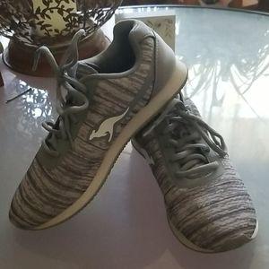 KangaROOS sneakers 6 1/2